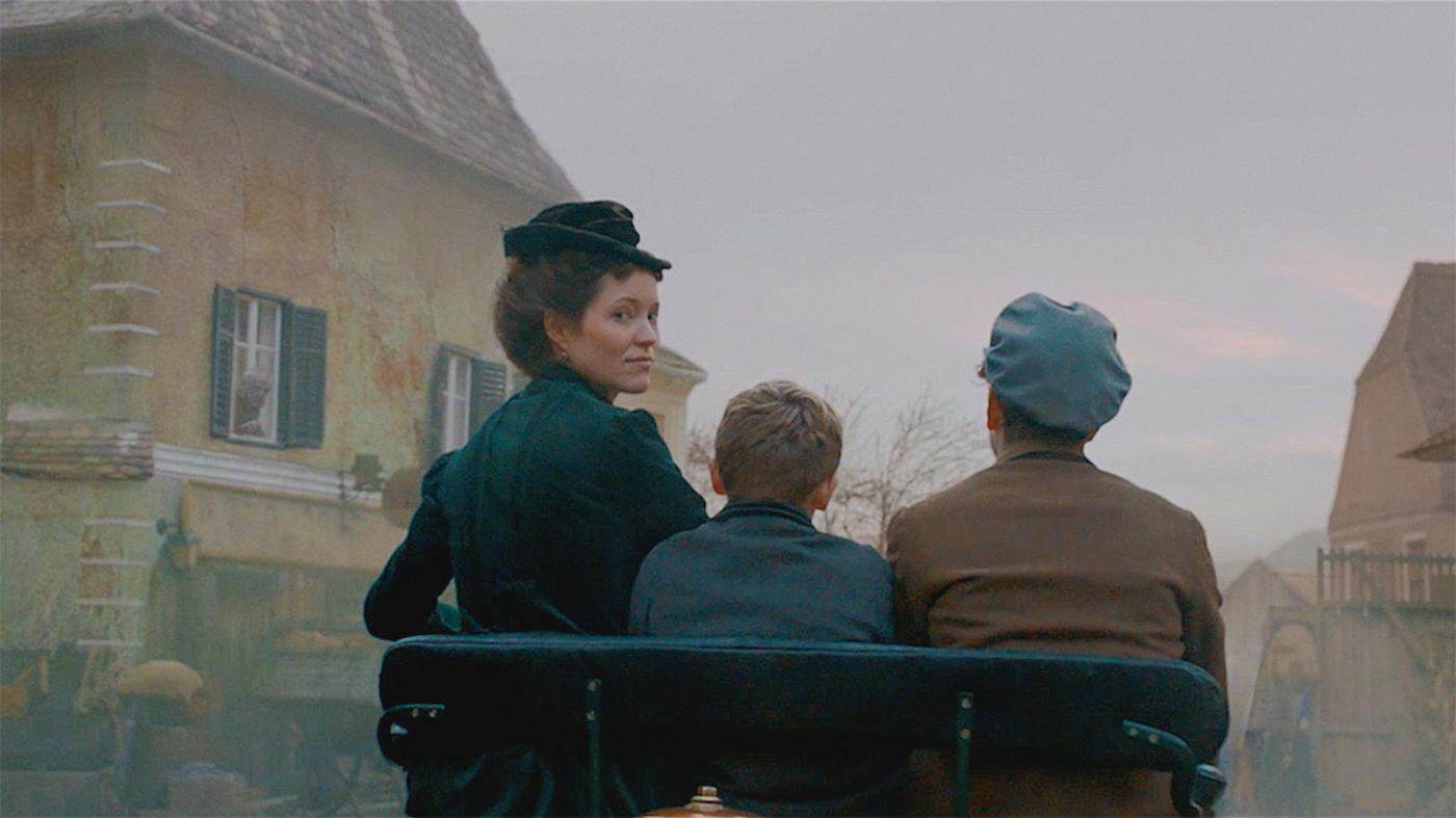 Film - ONLINE FILM: Automotive