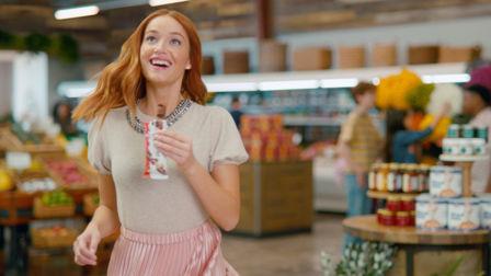 Kinder Bueno Chocolate Bar makes U.S. TV debut