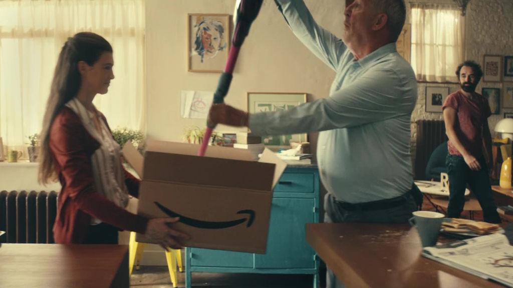 Amazon's magical bottomless box | shots