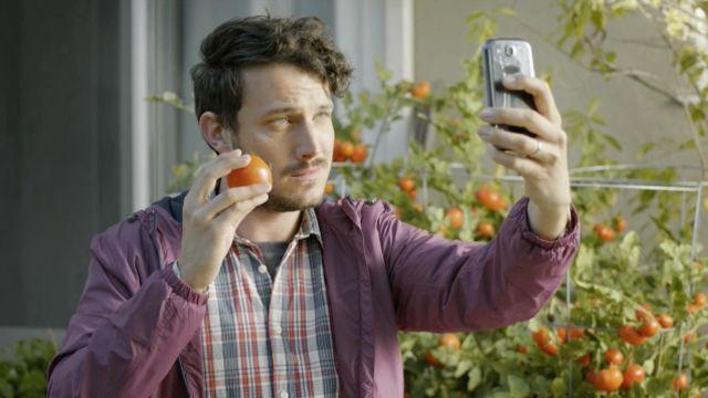 Tomato Selfie
