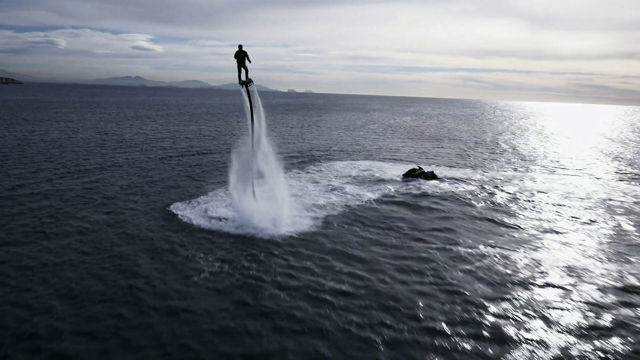 Flyboard - Franky Zapata