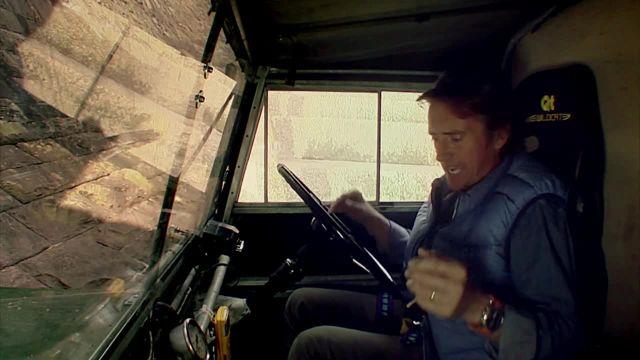 Land Rover Defender Climbs a Dam